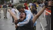Hele land huilt na dood Maradona: waarom de Argentijnen zo intens verdrietig zijn om hun voetbalgod