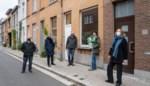 """Buurt koopt huis voor vluchtelingengezin: """"We wilden een concreet antwoord bieden op de woonnood voor vluchtelingen in Gent"""""""