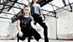 """Saimi (27) en Tjalina (23) starten online kledingzaak: """"Corona was hét uitgelezen moment om onze droom te realiseren"""""""