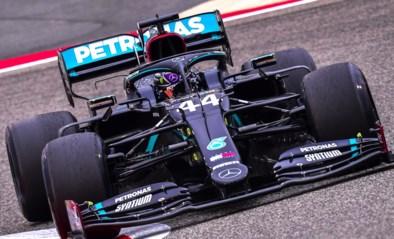 Lewis Hamilton is de snelste in woestijn van Bahrein, F1-piloten maken veel schuivers