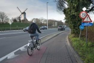 """Oplossing voor """"te smalle en gevaarlijke"""" fietspaden langs Brugse ring"""