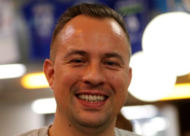 """Trainer-coach Stijn Morand is enkel tevreden met de volle buit: """"Een tijdelijke leidersplaats, dat zou ergens wel speciaal zijn"""""""