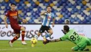 Dries Mertens scoort in eerbetoon van Napoli aan Diego Maradona
