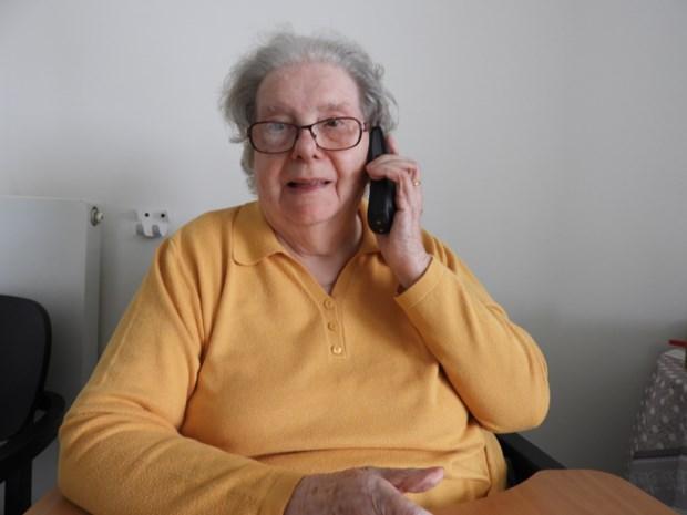 70-plussers kunnen zich voor gesprekje laten opbellen door vrijwilligers