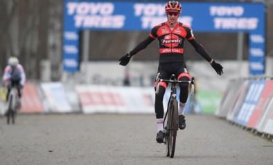 UITSLAG WERELDBEKER TABOR. Michael Vanthourenhout wint spannend duel met Eli Iserbyt, Wout van Aert opnieuw op het podium