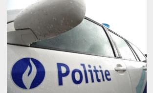 Politie schrijft zestien corona-pv's uit en zet veertien dronken bestuurders aan de kant
