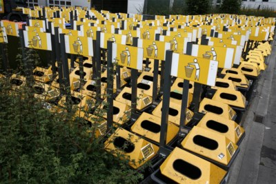 Dertig extra vuilnisbakken: Ivago klaar voor heropening winkels