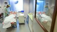 """Vier redenen waarom de ziekenhuisopnames lijken te stagneren: """"Misschien zijn de cijfers geen correcte weergave van de realiteit"""""""
