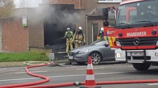 Uitslaande brand brengt veel schade toe aan pas verbouwd huis van koppel zestigers