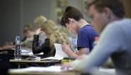 Helft leerlingen kampt met leerachterstand