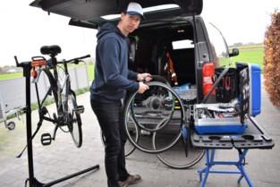 """Steve komt je fiets aan huis herstellen: """"Ik kan heel veel ter plaatse doen"""""""