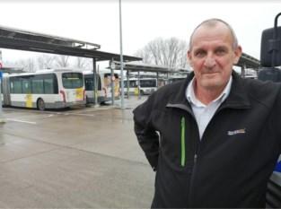 """Bejaarde vrouw belt met heldhaftige buschauffeur Glenn (64): """"Ze zag zijn oproep passeren"""""""
