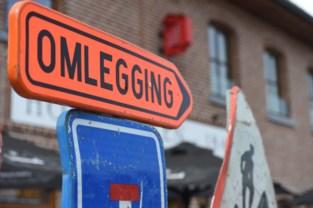 Straat krijgt nog voor kerstverlof asfaltlaag (nadat werkzaamheden werden stilgelegd)