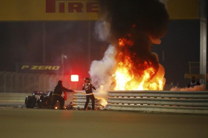 Van korte mouwtjes tot brandwerende pakken: hoe de Formule 1 de levens van zijn rijders redt