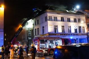 Woning Vlasmarkt onbewoonbaar verklaard na uitslaande brand: bewoner pand verhoord