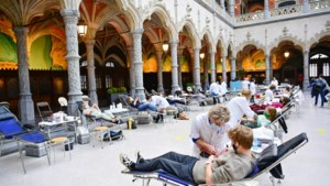 Rode Kruis roept op tot financiële steun en bloeddonaties
