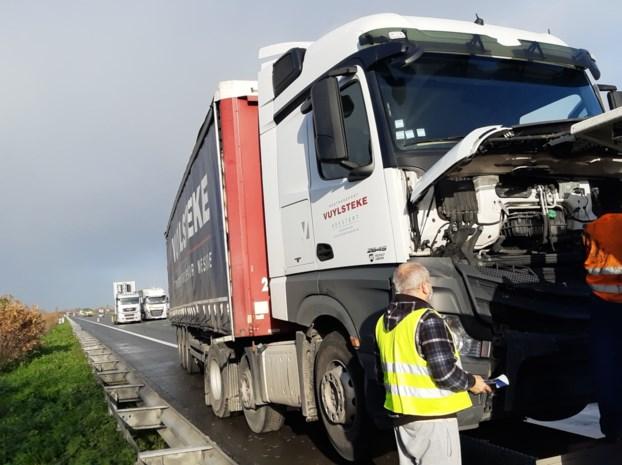 Zeven wagens betrokken bij ongevallen op snelweg