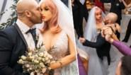 Bodybuilder stapt in het huwelijksbootje… met sekspop