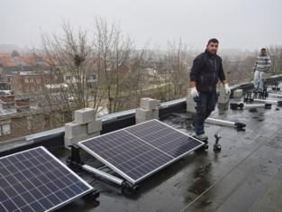 Personeel en vrijwilligers woonzorgcentrum investeren mee in Campina Energie