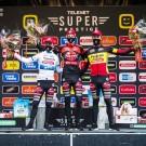 Het triumviraat van Pauwels Sauzen - Bingoal op het podium van Merksplas.