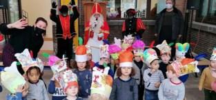 Sint coronaproof op bezoek in basisschool GO! Centrum