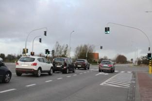 """Geen tijdverlies meer dankzij slimme verkeerslichten: """"Kruispunt is nu ook veel veiliger"""""""