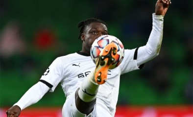 Jérémy Doku (Rennes) en Nacer Chadli (Basaksehir) uitgeschakeld voor Europees voetbal