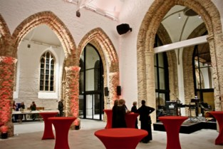 Cultuurraad zoekt naam voor nieuwe polyvalente zaal in Sint-Niklaaskerk