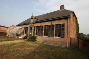 Architecten pakken pastorie Houtvenne aan