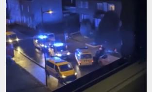 Twintigers op bromfiets verwonden vier agenten bij verkeerscontrole