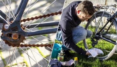 Die fietsketting slijt sneller dan we denken of willen, maar zo kan je de levensduur ervan tóch verlengen