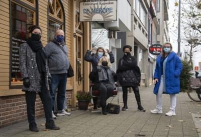 """8 op de 10 kappers gevraagd om nu al in het zwart te werken: """"Wachten tot 1 februari gaat echt niet"""""""