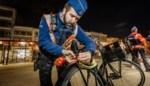Politie houdt grote fietscontrole, meteen boete voor meerderjarige
