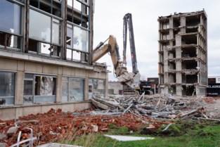 UZ Gent sloopt oud ziekenhuisgebouw voor tijdelijke parkeerplaatsen