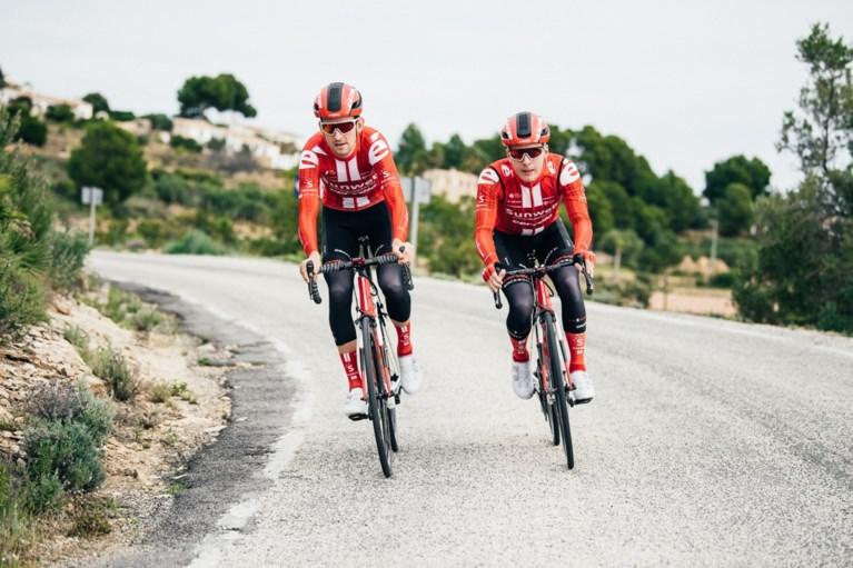 """Ilan Van Wilder nog steeds niet pijnvrij na knieblessure in Vuelta: """"Mijn debuut in grote ronde anders voorgesteld'"""