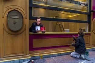 Roger Van Damme is het wachten beu en opent pop-up in vernieuwde Désirée (de Lille)