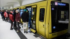 Metro Berlijn opent nieuw traject onder centrum van stad