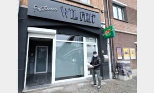 """Gepensioneerde frituuruitbater krijgt waterrekening van 500 euro voor twee emmers per dag: """"Ongehoord, zeker in coronatijden"""""""