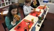 Sinterklaas stuurt school ontbijt en videoboodschap als bedanking voor tekeningen