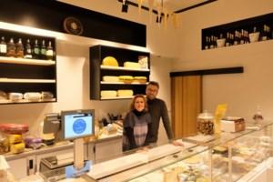 "Kaaswinkel Kazerie opent aan Kaasbrug: ""We verkopen ook vegan kaas"""