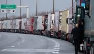 Voorproefje voor volgend jaar? Elf uur wachten in monsterfile bij ferry door Brexit-hamsteraars