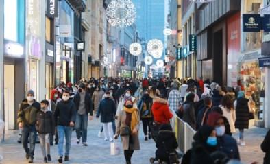 """Brussel zit aan maximumcapaciteit tijdens eerste winkelweekend: """"De kans is groot dat het de hele dag zo druk zal zijn """""""
