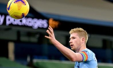 Kevin De Bruyne dirigeert Manchester City met goal en assist naar 2-0-zege in 700ste match van Guardiola