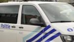 Twee tieners zwaargewond na vluchtmisdrijf, politie zoekt getuigen