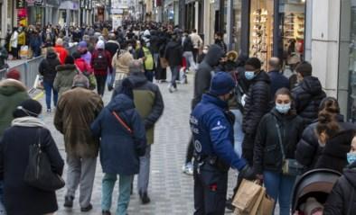 """Grote massa blijft voorlopig weg uit winkelstraten, maar komt de echte test op koopzondag? """"We zullen tijdig ingrijpen"""""""