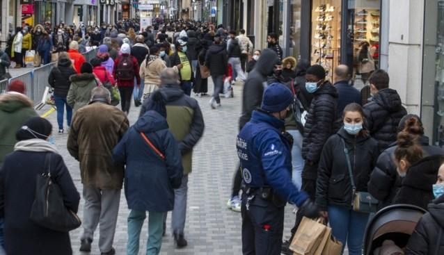 In Brussel moest ingegrepen worden, elders verliep eerste 'winkelzaterdag' vlot. Maar volgt echte test morgen?