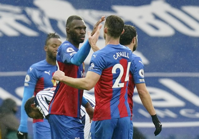 Christian Benteke scoort meteen twee keer voor Crystal Palace bij eerste basisplek van het seizoen