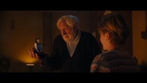 RECENSIE. 'De familie Claus' van Matthias Temmermans: Jan Decleir houdt het fort recht ***