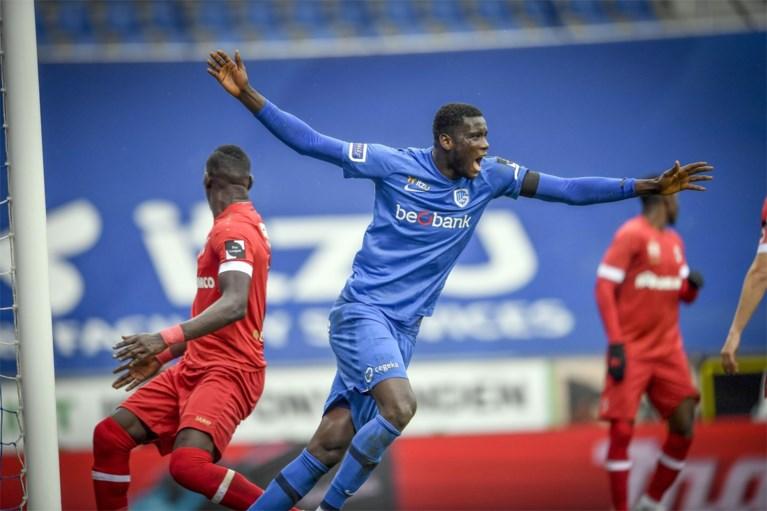 RC Genk boekt clubrecord met zevende zege op rij en is alleen leider na doelpuntrijke topper tegen Antwerp
