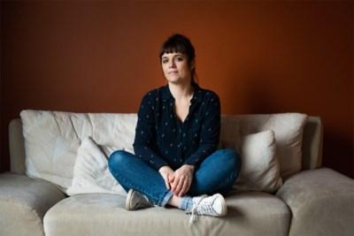 """Zangeres Elke Bruyneel koos voor abortus: """"Ik heb mezelf altijd gezien als moeder van één kind"""""""